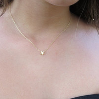 Gold necklace - Goldfilled star necklace - Tiny gold star, Star jewelry, Gold star pendant, Dainty everyday jewelry, Simple gold necklace