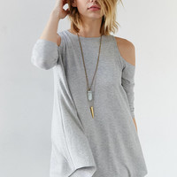 Kimchi Blue Tyra Cold Shoulder Tunic Top | Urban Outfitters