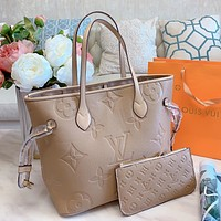 Louis Vuitton LV new solid color embossed alphabet ladies handbag two-piece shoulder bag