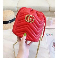 GUCCI Fashion New Leather Chain Shopping Leisure Shoulder Bag Bucket Bag Red