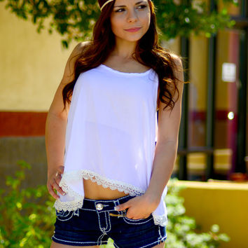 LITTLE MISS LACE TANK TOP IN WHITE