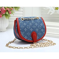 Louis Vuitton LV Popular Women Metal Chain Crossbody Satchel Shoulder Bag 3#