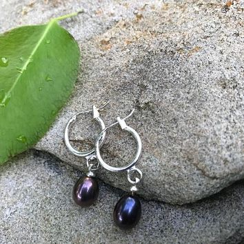 Dark gray lavender pearl dangling earrings
