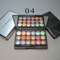 Mac N 4 Professional 18 Color Eyeshadow Palette