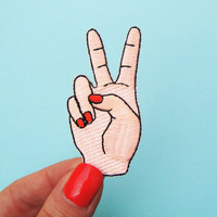 1Pcs Peace Hand Iron On Patch Sewing On Embroidered Applique Sewing Patch Clothes Stickers Garment DIY Apparel Accessories