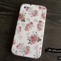 SALE30OFF iPhone 4 Case  Retro Floral Print iPhone by CocoonByWL