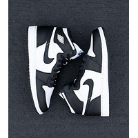 NIKE AIR JORDAN 1 MID AJ 1 classic color block high-top sneakers Shoes White&Black