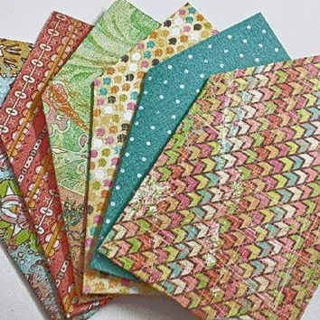 Mini envelopes with a vintage, elegant, or modern look, perfect for any occasion