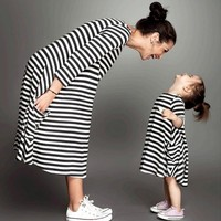 Mommy And Me Family Matching Mother Daughter Dresses Clothes Striped Maternity Dress For Breastfeeding Nursing Pregnant Woman