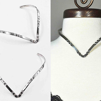 Vintage Taxco Sterling Silver Collar Necklace, V Shaped, Tooled Design, Mexico, Torc, Torque, Modernist, 40 Grams, So Nice! #c462