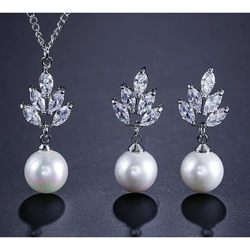 Zirconia & Simulated Pearl Drop Earrings Pendant Necklace Set
