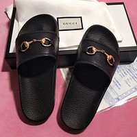 Gucci  Leisure breathable leather horsebit word drag sandals