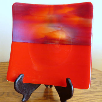 Glass Serving Dish, Medium Size, Handmade Fused Glass, Red Dish, Statteam