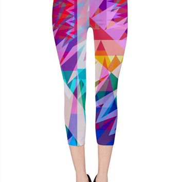 Triangle Feast_MirandaMol Capri Leggings