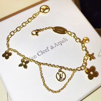 LV Louis Vuitton Stylish Women Classic Stainless Steel Bracelet Hand Catenary Accessories Jewelry