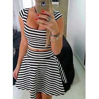 THE SEXY U GET STRIPE TWO-PIECE OUTFIT