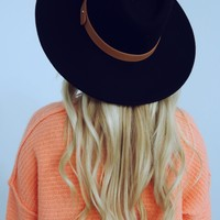 One More Day Hat: Black/Cognac