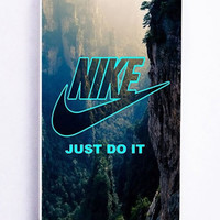 iPhone 5S Case - Hard (PC) Cover with nike just do it mountain Plastic Case Design