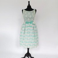 Vintage 1950s 60s Mint Green Tiered Lace Gown Party Dress Cocktail Tea Dress Bridesmaid Gown Mad Men Cupcake Dress Princess Size Small