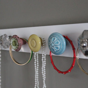 Jewlery organizer, hanging jewlery holder for wall, knob necklace holder, jewelry organizer, jewelry display, gift for her, hanging jewelry