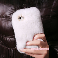 Top Quality Luxury Fur White Warm Unique Furry Rabbit Skin: Apple iPhone 3 / 4 / 5 , iPod Touch iTouch 4G 4th Generation 4 G / 5 5th Gen 5G