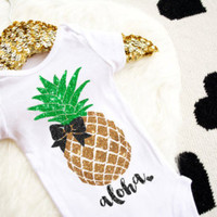 The cutest sparkle shirts & monthly stickers by HauteBelliesShop