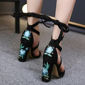 Fashion Women High Heel Sandals Embroidery Flowers Shoes