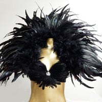 "Black Raven Grand Deco Feather Collar Reversible Red/Black 47X33"" USA"