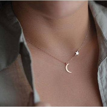 Minimalist Jewelry Choker Simple Design Star Moon Pendant Necklaces Bohemian Ethnic Accessories Silver Gold Long Collar Women