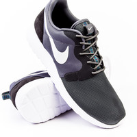 Nike Roshe One Hyperfuse Grey Sneaker