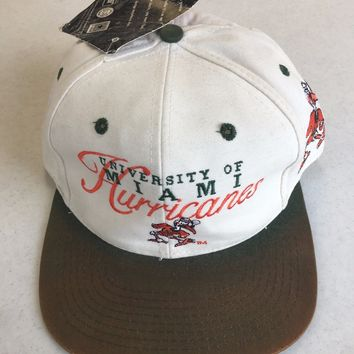 VINTAGE MIAMI HURRICANES WHITE FLAT BRIM FITTED HAT (DAMAGED--SEE PICTURES)