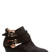 Deserted Style Black Chunky Booties @ Cicihot Boots Catalog:women's winter boots,leather thigh high boots,black platform knee high boots,over the knee boots,Go Go boots,cowgirl boots,gladiator boots,womens dress boots,skirt boots.