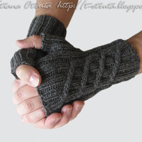 Gray Fingerless Gloves, Men Women Mitts, Unisex, Gift under 50, Wool, Charcoal Gray, FREE SHIPPING, Hand Knit, Original design