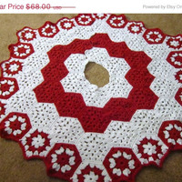 BLACK FRIDAY/CYBER Monday Christmas Tree Skirt in Red and White, Peppermint Colored Tree Skirt