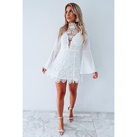 70's Chic Dress: White