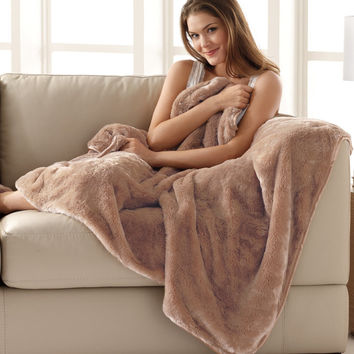 Ultra-Soft nap Blankets at Brookstone—Buy Now!