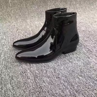 Limited New Chelsea Boots Point Toe Kanye West Boots Genuine Leather Patent Leather Shining Euro And America Mid Heel GD
