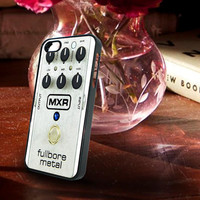 Mxr Fullbore Metal for iPhone and Samsung Galaxy