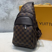 LV Louis Vuitton Popular Personality Leather Chest Bag Shoulder Bag Backpack Coffee Tartan I-AGG-CZDL