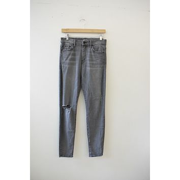 "MOTHER Denim ""High Waisted Looker"" Grey Washed Denim (28)"