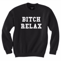 [RELAX] men and women with long-sleeved sweater