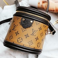 Hipgirls LV Louis vuitton New fashion monogram leather handbag shoulder bag crossbody bag bucket bag