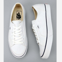 Vans Atwood Low Women's Black Canvas Skate Shoes White