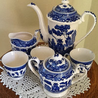 Vintage 8 PC Blue Willow Chocolate Pot-Tea Set with sugar Bowl, Creamer and 3 tea cups.