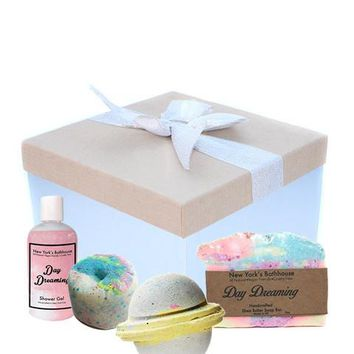 Day Dreaming Queen Gift Box
