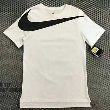 Nike big hook cotton sport round collar short sleeve T-shirt