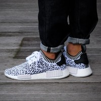 Best Online Sale Adidas NMD R1 PK Footwear White / Core Black BZ0219 Boost Sport Running Shoes Classic Casual Shoes Sneakers