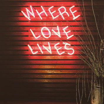 New Where Love Lives Neon Art Sign Handmade Visual Artwork Wall Light