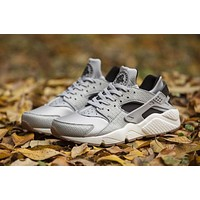 Nike AIR HUARACHE RUN PRM Black White Gray