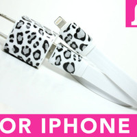 Snow Leopard iPhone 5 Charger includes